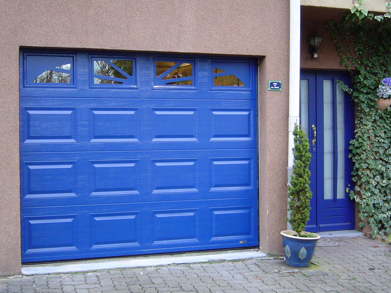 Portes de garage r sidentielle industrielle collective multitech 39 s - Norme porte de garage collective ...